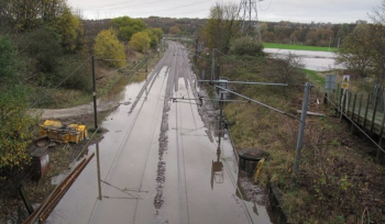 Surface water flood forecasting and early warning system for National Rail